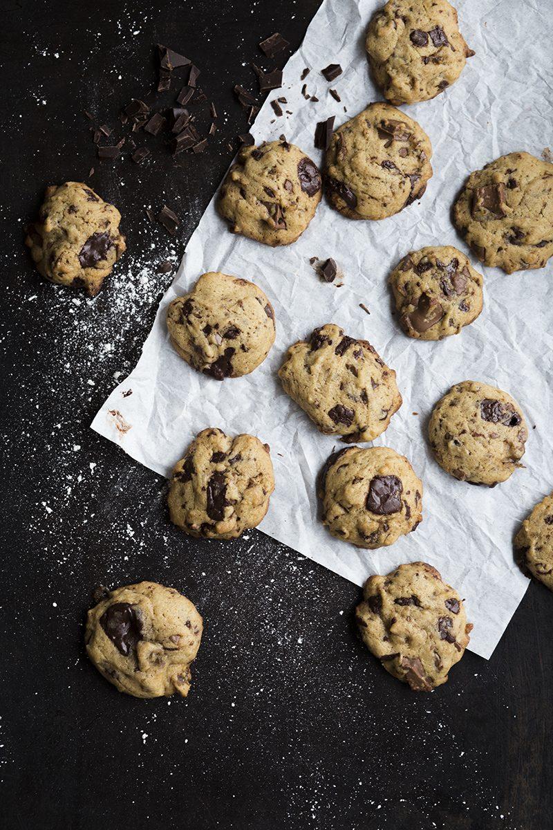 ChocolateChipDate-Cookies-1-Liz