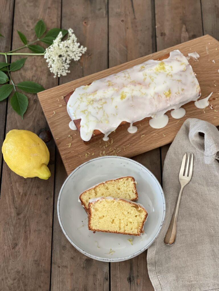 Zitronen-Joghurt-Kuchen von Angela vom Blog Herzstück