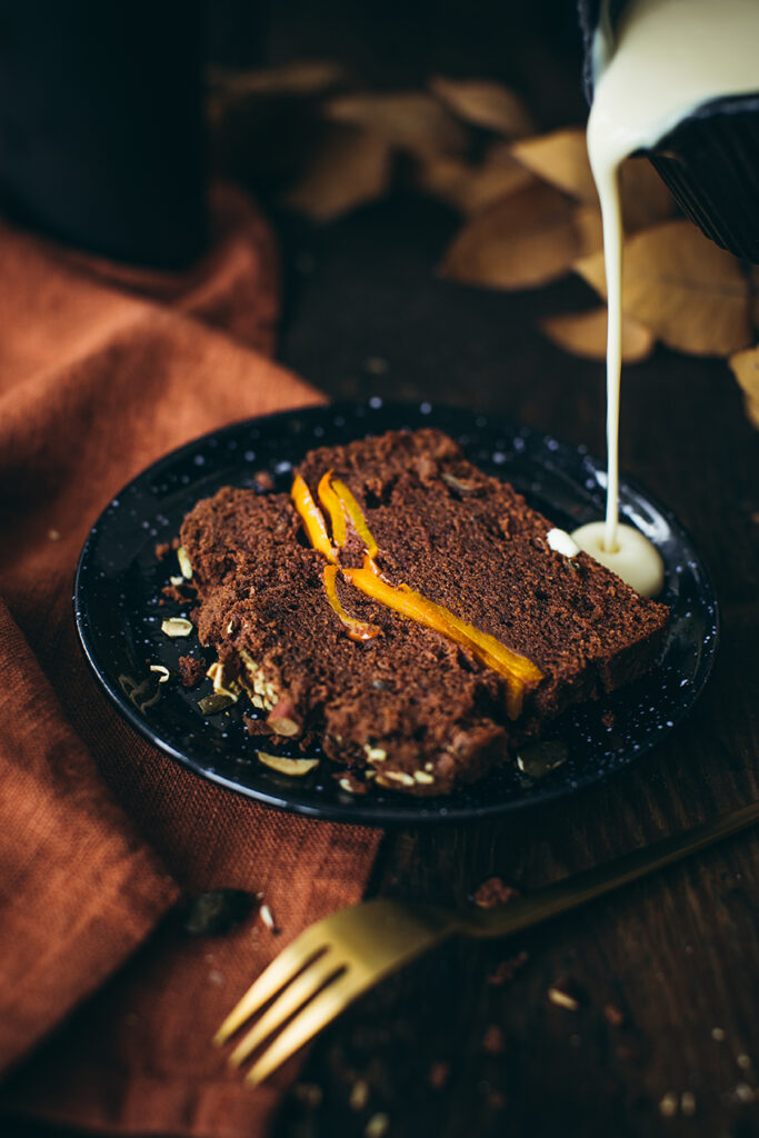 Schoko-Kuerbis Kuchen mit Vanillesauce Lisa Nieschlag